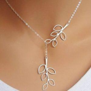 🌿🌿Leaf 🍃 necklace